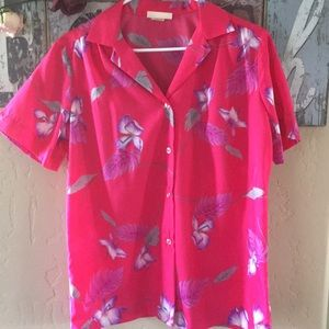 Vintage Coral Honolulu Button Down Shirt. Size 16